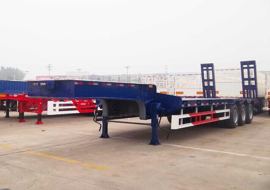 Low bed Semitrailer